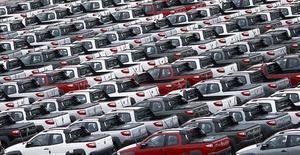 Carros vistos no porto do Rio de Janeiro. 1º de dezembro de 2015. REUTERS/Ricardo Moraes