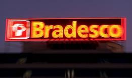 The logo of Brazilian Bradesco bank is seen on a branch in Osasco financial centre, Brazil, August 3, 2015. REUTERS/Paulo Whitaker