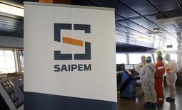 Логотип Saipem. Генуя, 19 ноября 2015 года. Глава итальянского энергетического концерна Eni Клаудио Дескальци сказал в понедельник, что в настоящий момент исключает продажу доли в подрядчике строительства нефтегазопроводов Saipem. REUTERS/Alessandro Garofalo