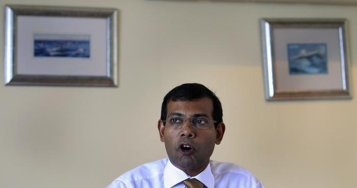 Maldivian presidential candidate Mohamed Nasheed, who was ousted as president in 2012, speaks during a news conference in Male, October 20, 2013. REUTERS/Dinuka Liyanawatte/files