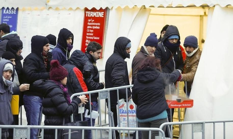 End of Europe? Berlin, Brussels' shock tactic on migrants