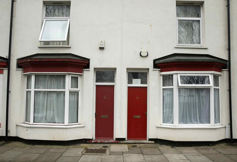 Red Doors Mark Out Asylum Seekers Houses In English Town Reuters