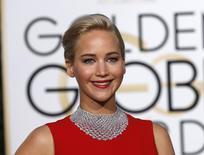 Jennifer Lawrence fotografada no 73º Golden Globe Awards em Beverly Hills. 10 de janeiro de 2016. REUTERS/Mario Anzuoni