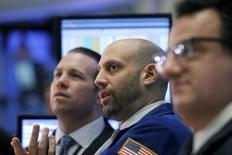 La Bourse de New York a fini en hausse, l'indice Dow Jones gagnant 0,73%, le S&P-500 prenant 0,52% tandis que le Nasdaq Composite a fini stable. /Photo prise le 21 janvier 2016/REUTERS/Brendan McDermid