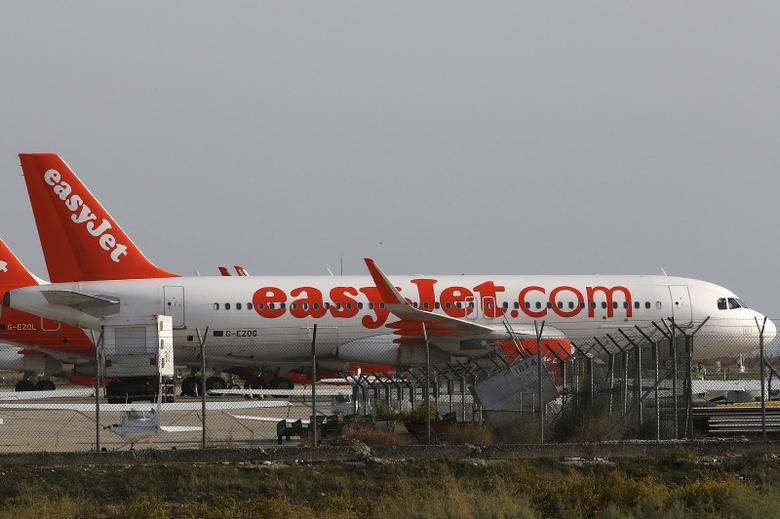 Aircraft of British carrier easyJet parked on the apron at Larnaca airport, Cyprus November 7, 2015.  REUTERS/Yiannis Kourtoglou