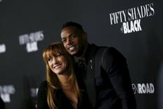 """Cast members Jane Seymour and Marlon Wayans pose at the premiere of """"Fifty Shades of Black"""" in Los Angeles, California, January 26, 2016.   REUTERS/Mario Anzuoni"""