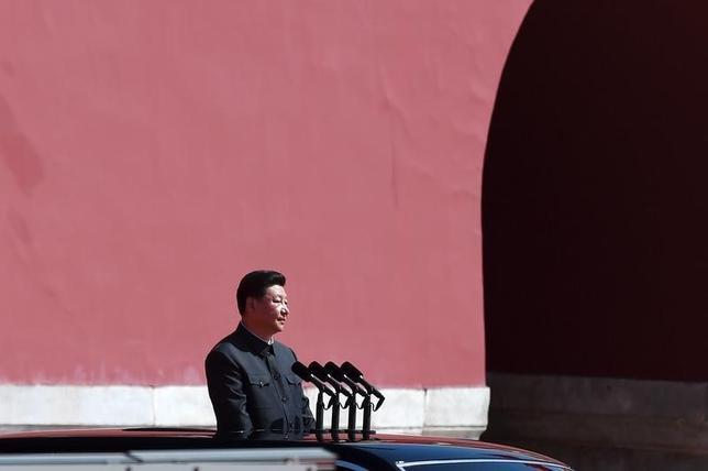 2月1日、中国国防省は、人民解放軍の防衛区分を再編し、新たに5つの「戦区」を発足させたと発表した。昨年9月北京で撮影(2016年 ロイター/Wang Zhao)