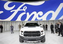 A 2017 Ford F-150 Raptor pickup truck is displayed at the North American International Auto Show in Detroit in this January 11, 2016 file photo.  REUTERS/Mark Blinch
