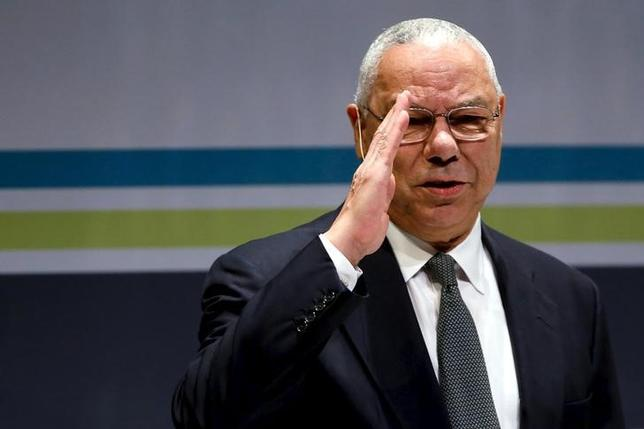 Former U.S. Secretary of State Colin Powell salutes the audience as he takes the stage at the Washington Ideas Forum in Washington, September 30, 2015. REUTERS/Jonathan Ernst/Files