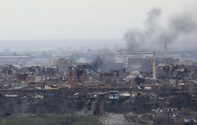 Buildings which were damaged during the security operations and clashes between Turkish security forces and Kurdish militants, are pictured in Sur district of Diyarbakir, Turkey February 11, 2016. REUTERS/Sertac Kayar