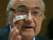 Presidente suspenso da Fifa, Joseph Blatter, durante entrevista coletiva em Zurique. 21/12/2015 REUTERS/Arnd Wiegmann