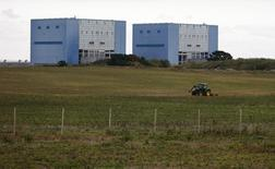 Le site d'Hinkley Point, en Grande-Bretagne. EDF a confirmé lundi la démission de son directeur financier, Thomas Piquemal, sur fond de désaccords autour du projet controversé du groupe de construire deux réacteurs nucléaires de type EPR sur ce site. /Photo d'archives/REUTERS/Suzanne Plunkett