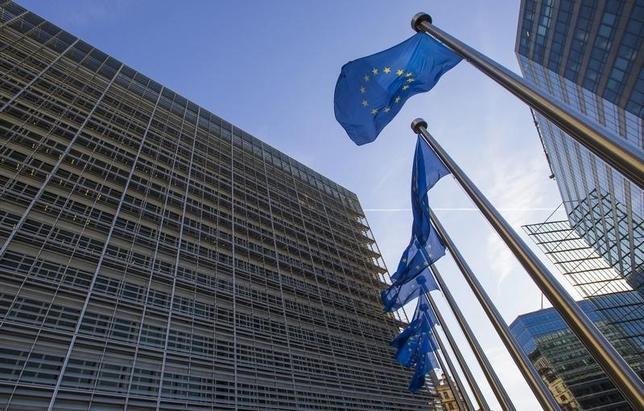 3月8日、欧州連合(EU)の執行機関である欧州委員会は、フランス、イタリア、ポルトガルを含む加盟国5カ国で経済的不均衡が過度に高まっているとし、是正を勧告した。ブリュッセルの欧州委本部で2015年9月撮影(2016年 ロイター/Yves Herman)