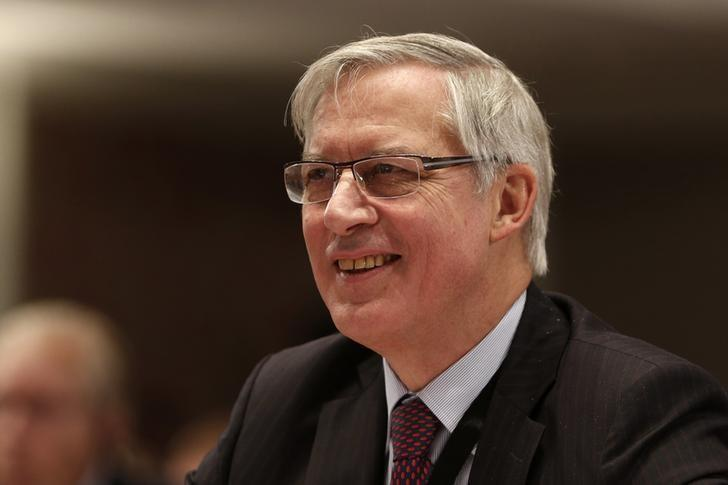 Bank of France Governor Christian Noyer attends a conference of central bankers hosted by the Bank of France in Paris November 7, 2014.   REUTERS/Charles Platiau