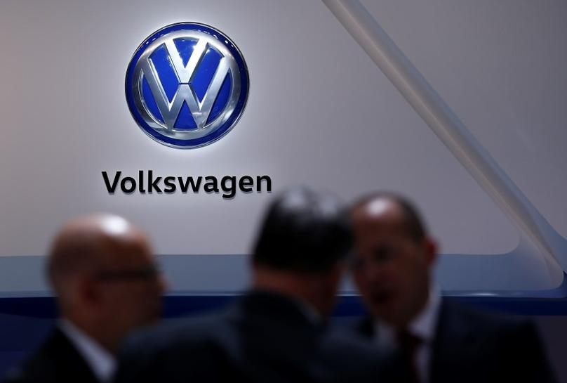 VW to cut 3,000 office jobs in Germany by end 2017: sources