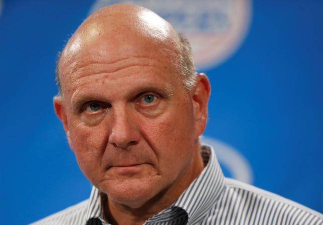 Steve Ballmer speaks at a news conference after being introduced at a fan event at the Staples Center in Los Angeles, California August 18, 2014. REUTERS/Lucy Nicholson