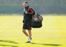 Ryan Giggs durante treino do Manchester United.    24/02/2016 Action Images via Reuters / Jason Cairnduff Livepic