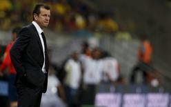 Dunga em jogo do Brasil contra o Uruguai. 25/3/16. REUTERS/Paulo Whitaker