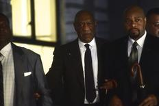 Actor and comedian Bill Cosby departs a hearing on sexual assault charges at the Montgomery County Courthouse in Norristown, Pennsylvania February 3, 2016. REUTERS/Mark Makela
