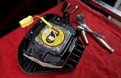 A recalled Takata airbag inflator is shown in Miami, Florida in this June 25, 2015 file photo.  REUTERS/Joe Skipper/Files
