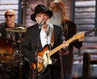 Merle Haggard performs at the 56th annual Grammy Awards in Los Angeles, California January 26, 2014.   REUTERS/ Mario Anzuoni