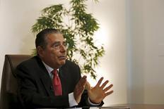 Ramón Fonseca, socio fundador del bufete Mossack Fonseca, habla durante una entrevista con Reuters en su oficina de la Ciudad de Panamá, 5 de abril, 2016. REUTERS/Carlos Jasso
