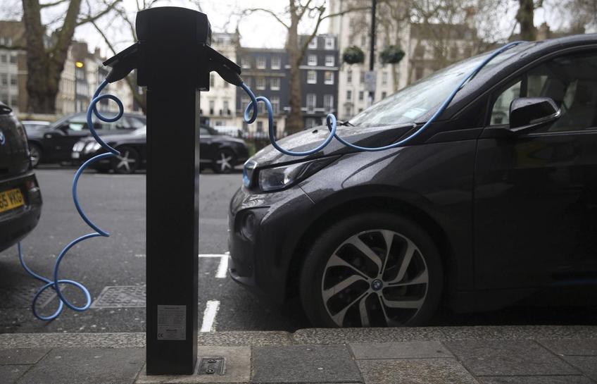 Bollore S London Electric Car Club Scheme Faces Delay
