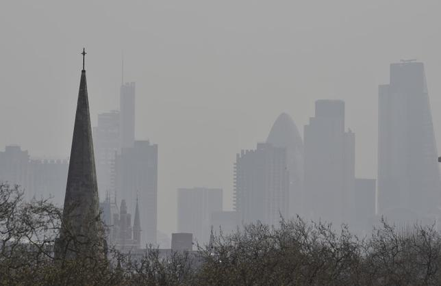 The City of London financial district is seen from Primrose Hill, April 10, 2015.  REUTERS/Toby Melville