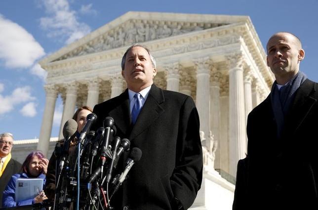 Texas Attorney General Ken Paxton   in Washington March 2, 2016.  REUTERS/Kevin Lamarque