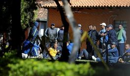 Detained fans of Boca Juniors football club are pictured at the headquarters of the Special Operations Forces of the Paraguayan Police in Asuncion, Paraguay, April 29, 2016.  . REUTERS/Jorge Adorno
