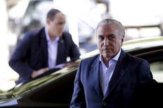 Vice-presidente Michel Temer chega ao Palácio do Planalto, em Brasília. 22/04/2016 REUTERS/Ueslei Marcelino