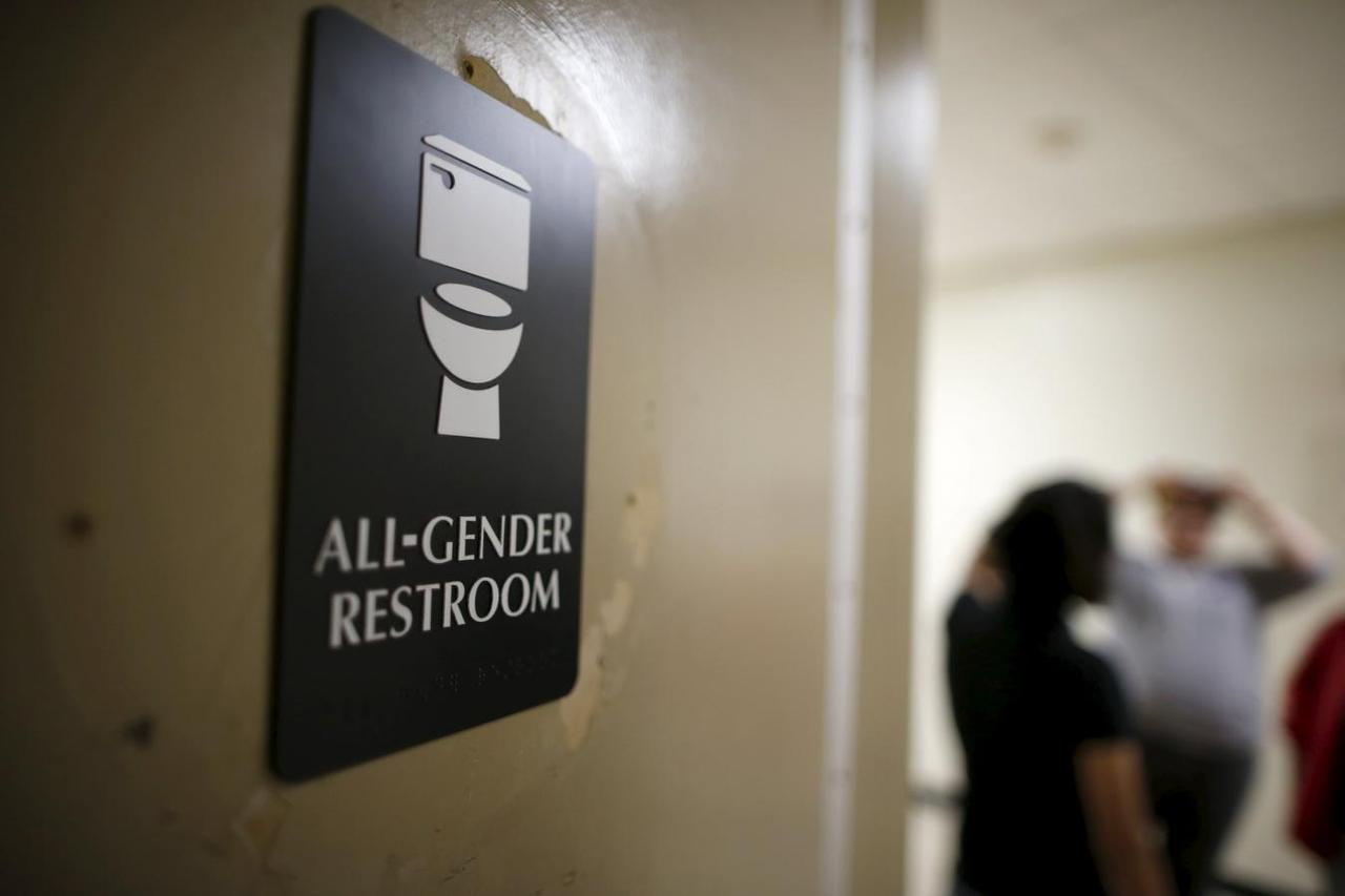 Awe Inspiring California Assembly Passes Gender Neutral Restroom Bill Download Free Architecture Designs Barepgrimeyleaguecom