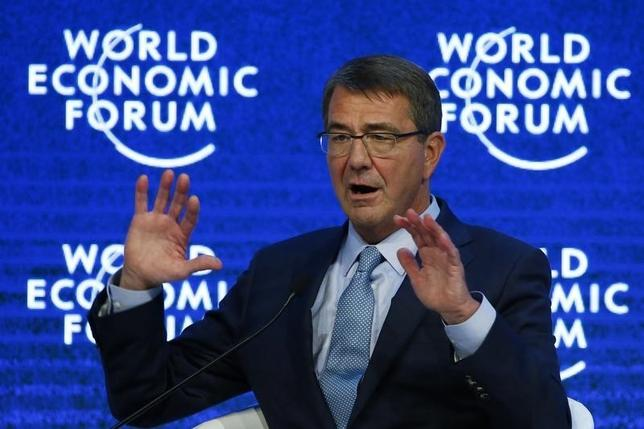 U.S. Secretary of Defence Ashton Carter attends the annual meeting of the World Economic Forum (WEF) in Davos, Switzerland January 22, 2016.  REUTERS/Ruben Sprich