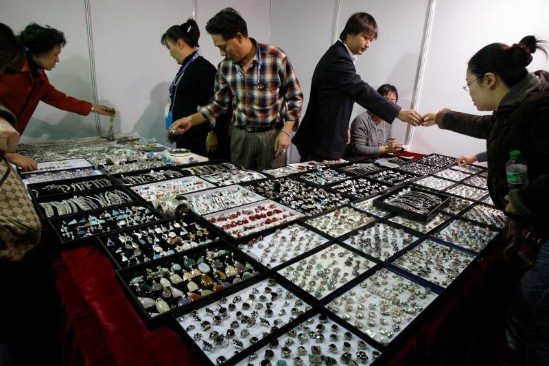 China Goes Cold On Platinum Jewelry Crimping World Demand