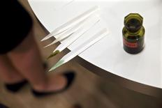 """Marc Dubrule, directeur du développement stratégique des divisions sélectives de L'Oréal, estime que la parfumerie de """"niche"""", en pleine explosion depuis plusieurs années, a """"sauvé"""" un marché du parfum menacé d'affadissement et de paupérisation. /Photo d'archives/REUTERS/Philippe Wojazer"""