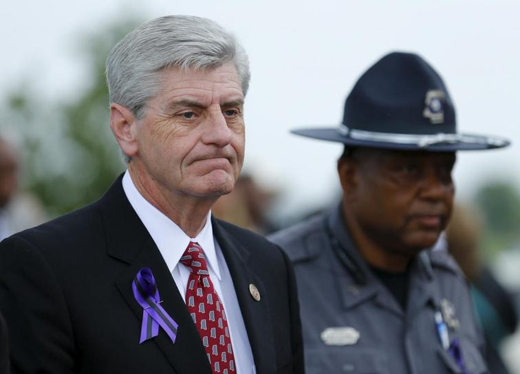 Mississippi governor to join suit against Obama transgender policy