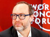 """Jimmy Wales, l'un des fondateurs de l'encyclopédie en ligne Wikipedia, estime que la volonté de la France de mondialiser le """"droit à l'oubli"""" pourrait ouvrir une boîte de Pandore et encourager la censure sur internet. /Photo d'archives/REUTERS/Ruben Sprich"""