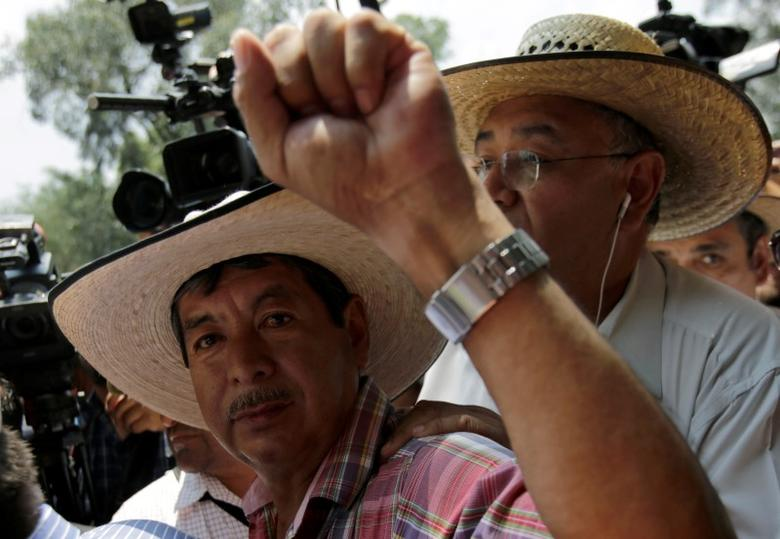 Mexico arrests teacher union boss, doubles down on education