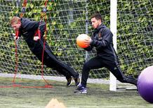 Belgium's Kevin De Bruyne and Eden Hazard. REUTERS/Ruben Sprich