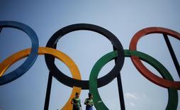 Anéis olímpicos no Parque Madureira, no Rio de Janeiro.  4/5/2016. REUTERS/Nacho Doce