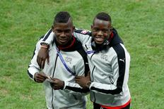 Football Soccer - Switzerland v France - EURO 2016 - Group A - Stade Pierre-Mauroy, Lille, France - 19/6/16 Switzerland's Denis Zakaria and Breel Embolo  before the game REUTERS/Benoit Tessier Livepic