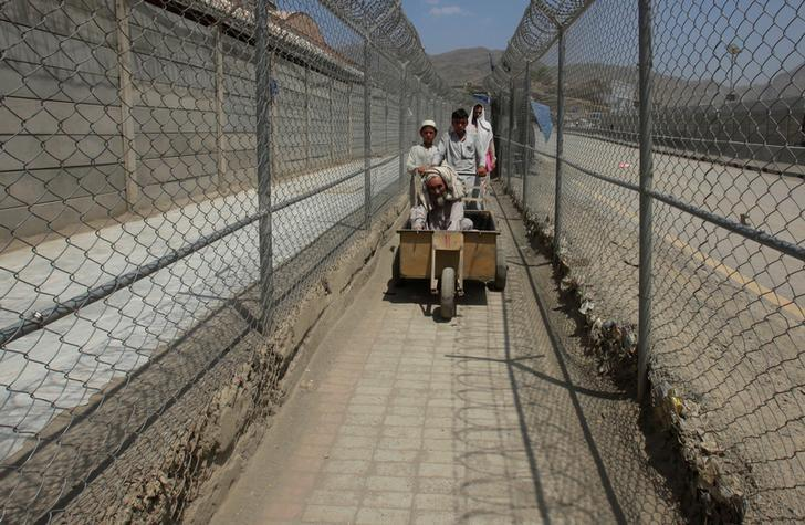 Pakistan, Afghanistan fail to reach border deal after deadly clashes