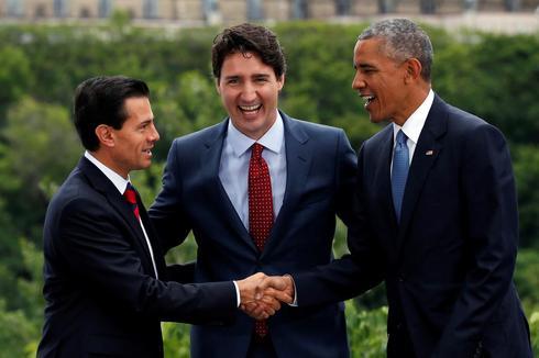 Adios, Three Amigos