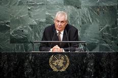 Милош Земан выступает на 70-й сессии Генеральной Ассамблеи ООН. Президент Чехии Милош Земан призвал к проведению в стране референдума о членстве в Европейском союзе и НАТО после неожиданного решения Великобритании покинуть ЕС, однако отметил, что поддерживает сохранение республики в составе обеих организаций.  REUTERS/Eduardo Munoz