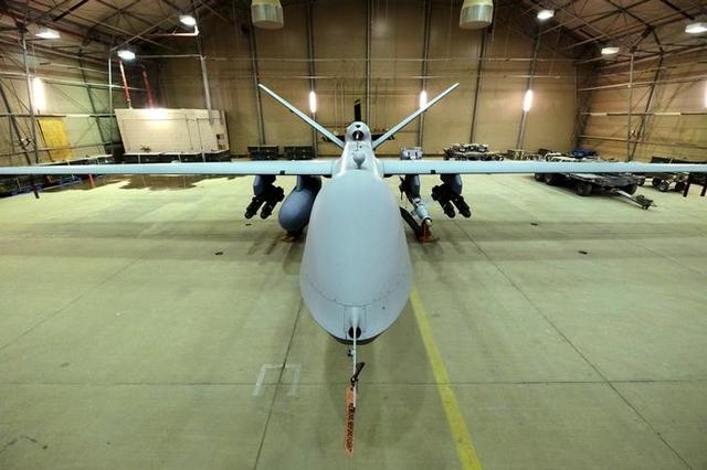 Commentary: Drones, fighter jets and the future U S  Air