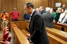 Campeão paralímpico sul-africano Oscar Pistorius durante julgamento em Pretória.     06/07/2016      REUTERS/Marco Longari