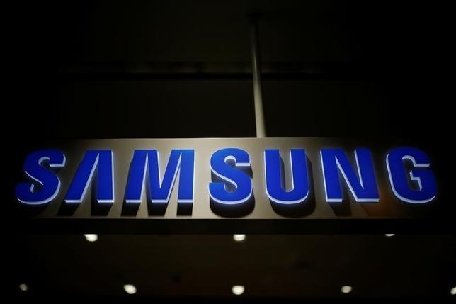 The logo of Samsung Electronics is seen at its headquarters in Seoul, South Korea, July 4, 2016.  REUTERS/Kim Hong-Ji
