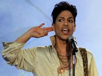 U.S. musician Prince performs at the Hop Farm Festival near Paddock Wood, southern England July 3, 2011.  REUTERS/Olivia Harris/File Photo