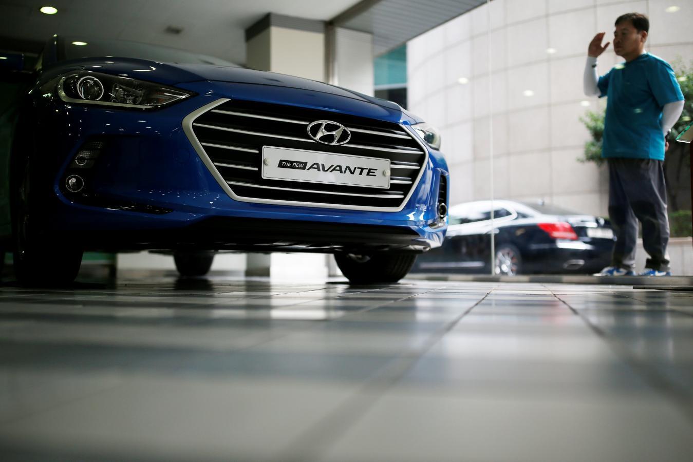 Losing the X-factor: Hyundai fumbles in U S  as former hit
