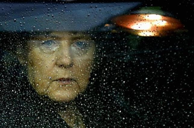 8月12日、ドイツのメルケル首相の支持率が急落したことが、国営テレビZDFの世論調査で明らかになった。写真はブリュッセルで2012年11月撮影(2016年 ロイター/Francois Lenoir)
